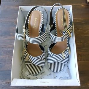 Qupid Stripped heels from the Buckle size 8.5